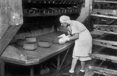 1947, USSR. Ukraine. Kiev. Industrial bakery//Robert Capa
