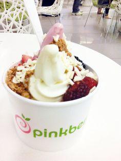 LOVE Pinkberry frozen yogurt