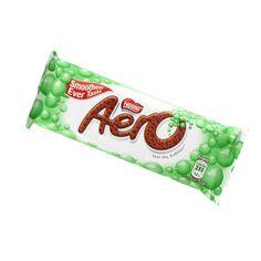 Nestle Aero Mint, from Europe, my favorite candy bar in the world Aero Chocolate, English Chocolate, Nestle Chocolate, Famous Chocolate, Chocolate Chip Ice Cream, Chocolate Brands, Chocolate Sweets, Mint Chocolate Chips, Chocolate Lovers
