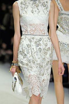 Dolce & Gabbana Spring 2011 Ready-to-Wear Fashion Show Details