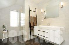 #bad #interiør #bolig #inspirasjon #hus #iechus Bathtub, Bathroom, Modern, Standing Bath, Washroom, Bathtubs, Bath Tube, Full Bath, Bath