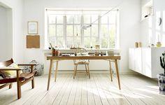 Tolles Wende-Kissen von OYOY, die in jedes moderne Wohnzimmer passen. Eine Seite ist weiß, die andere grau mit tollem Muster.