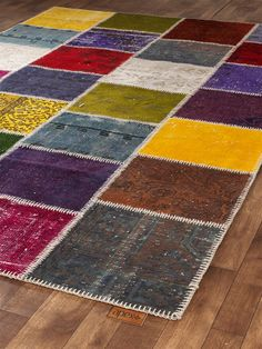 Apexcarpets- Unique hand-knotted rug made from dyed recycled Turkish rugs. Crochet Wall Hangings, Crochet Carpet, Patchwork Rugs, Recycled Fabric, Fabric Swatches, Hand Knotted Rugs, Rug Making, Colorful Rugs, Fiber Art