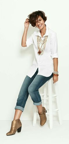 #welovejeans #ascarijeans and the way the jewelry is worn with the very classy casuals