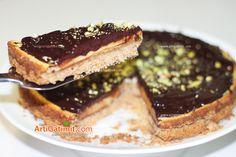 Cheesecake me çokollatë e fistik