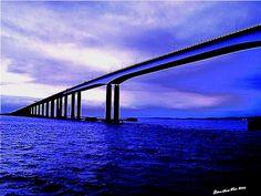 Ponte Rio-Niteroi by Santa Rosa OLD SKOOL, via Flickr Brasil