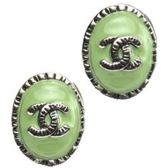 Pre-owned Chanel Mint Green Cc Earrings ($569) ❤ liked on Polyvore featuring jewelry, earrings, accessories, green, mint green earrings, enamel jewelry, enamel earrings, chanel jewellery and preowned jewelry