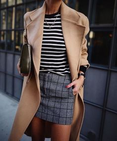 These mixed prints are perfect together! Love how the trench coat pulls the look together!