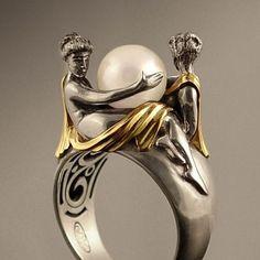 "ohdarlingdankeschoen:  ""Two beauties""  Silver & 14k gold pearl ring 19 century"