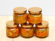 http://www.thebantingchef.co.za/recipes/sauces/atchar.html