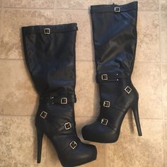 """Black zerone knee lenth boots Black zerone 51/2"""" boots size 11.would fit a size9.5 or 10 better as its a bit tight for me-i wear a size 11 .Each boot is embelished with 5 gold tone buckles. never won Shoes Heeled Boots"""