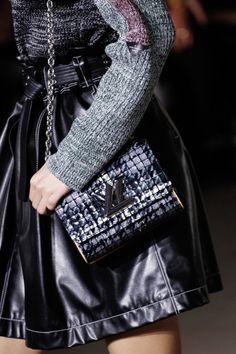 awesome Inspiration Mode - Louis Vuitton Fall 2017 Source:Voguerunway.com