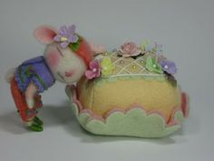 Needle Felting / Needle Felted Creations By Barby Anderson: Tidbit Needle Felted Bunny with Cake (SOLD)