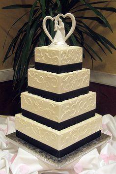 Beautiful and so elegant.    Elegant Wedding Cakes - Bing Images