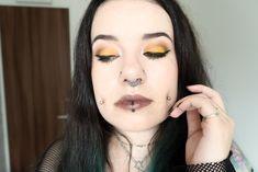 [MSC] En jaune et ocre - Blood is the new Black Hair Trends, Lip Balm, Lip Gloss, Mascara, Blood, Hair Makeup, Chokers, Challenge, Eyeshadow