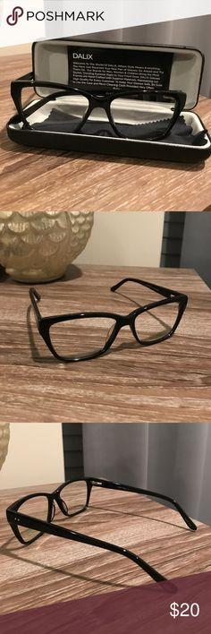 Dalix Women's Wayfarer Black Frame Glasses Non prescription frames. New never worn. Comes with case dalix Accessories Glasses