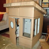 Ideas For Diy Box Cardboard Tutorials Fun Large Cardboard Boxes, Cardboard Playhouse, Build A Playhouse, Cardboard Tubes, Cardboard Crafts, Backyard Playhouse, Diy Karton, Childrens Playhouse, Cardboard Fireplace