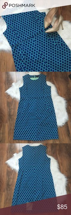 Lands End Geometric Print Sheath Dress Gorgeous and fitted dress. Great luxury brand. Thick and flattering material. Excellent condition. Great side pockets. Offers welcome through offer tab. No trades. 0909161801 Lands' End Dresses