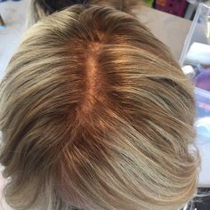 I get lots of questions regarding the scalp on my lace wigs. Here is a close up photo of a slightly rooted blonde full lace wig. #gardeauxwigsInstagram web viewer online, You can find the most pop photos and users at here Yooying.