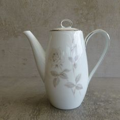Mid Century Noritake Melrose small coffee pot  (can also be used as small teapot) Made in Japan 1959 - 1971. Design number 6002.