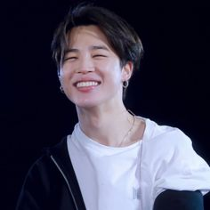 """""""jimin being the visual representation of the 😊 emoji—a soft thread"""" Foto Bts, Bts Photo, K Pop, Park Jimin Cute, Jimin Pictures, Loli Kawaii, Bts Aesthetic Pictures, Pink Cheeks, Imagines"""