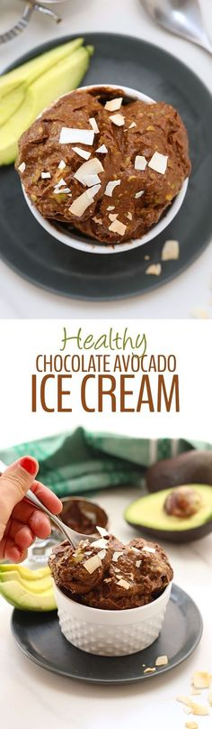 4 Ingredients is all you need for this No-Churn Healthy Chocolate Avocado Ice Cream. The perfect summer dessert recipe made for whole foods and ready in 5 minutes or less. (vegan chocolate mousse whole foods) Brownie Desserts, Mini Desserts, Summer Dessert Recipes, Frozen Desserts, Healthy Dessert Recipes, Healthy Desserts, Raw Food Recipes, Easy Desserts, Avocado Dessert