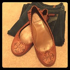 Tory Burch leather flats Used condition, camel color leather, with leather detailing throughout. These have been worn plenty but still have a lot of life left. Tory Burch Shoes Flats & Loafers