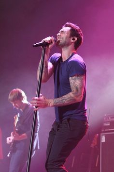 Maroon 5 <3 Adam Levine