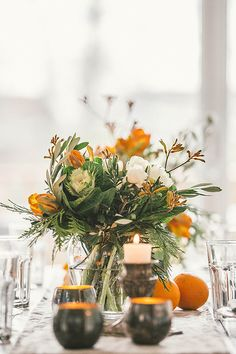 holiday entertaining: a beautifully simple table setting with flowers by Caroline Boyce, the creator of Floralia