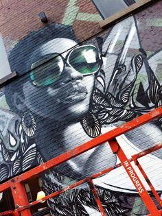 Pin van alea wat eva op street art in 2019 - украшения en улица. 3d Street Art, Street Art Graffiti, Disney Drawings, Art Drawings, Arte Popular, Keith Haring, Banksy, Urban Art, Art Projects