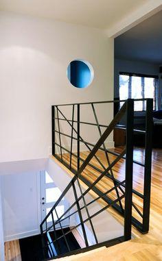 Interior Stair Railing, Stair Handrail, Staircase Railings, Railing Design, Staircase Design, Stair Slide, Escalier Design, Wrought Iron Doors, Barn House Plans