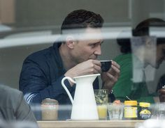 Out for coffee in London, England (May 22) - 001 - Tom Hiddleston Online
