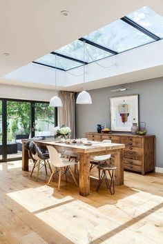Susie McKechnie meticulously planned her kitchen/dining/living room extension to. - Susie McKechnie meticulously planned her kitchen/dining/living room extension to achieve a beautifu - Open Plan Living, Open Plan Kitchen Dining Living, Small Dining, Kitchen Dining Tables, Lighting Over Dining Table, Chunky Dining Table, Open Plan Kitchen Diner, Kitchen Chairs, Round Dining