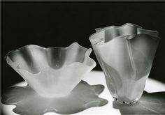 Uusi aika -verkkonäyttely Serving Bowls, Vase, Tableware, Home Decor, Dinnerware, Decoration Home, Room Decor, Tablewares, Vases