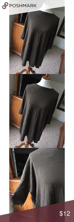 Forever21 sweater dress - I don't trade or sell outside of posh. - I ship every single day!  - All items come from a smoke free home!  - If you have anymore questions just let me know and I would be happy to help! 🙂 Forever 21 Dresses