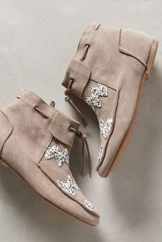 House of Harlow Monty Moccasin Booties Taupe #AnthroFave