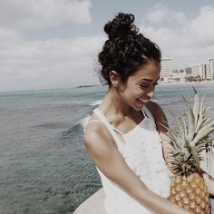 would you look at that sweet little thing? and her pineapple too! Liza Koshy And David Dobrik, Liz And Liz, Lilly Singh, Vlog Squad, Brown Girl, Best Youtubers, Celebs, Celebrities, Girl Boss