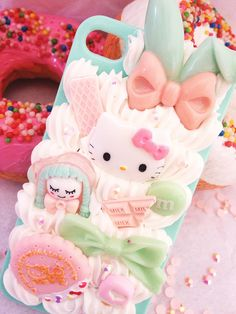 decoden: mint hello kitty
