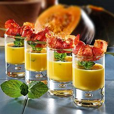 Vorspeisensüppchen im Glas Party Buffet, Food To Go, Food And Drink, Healthy Cake, Pizza Snacks, Party Snacks, Finger Food Appetizers, Finger Foods, Brunch Recipes