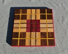 Plaid Pattern Cutting Board