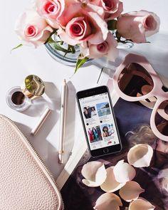 Uma pausa entre um compromisso e outro para conferir as inspirações e referências mais lindas do @fhits no @pinterestbr  Já segue? Nosso perfil está incrível com muito conteúdo de moda beleza e lifestyle. Check it!  (Link no stories) #FhitsNews #FashionNews #FhitsInspiration #Pinterest