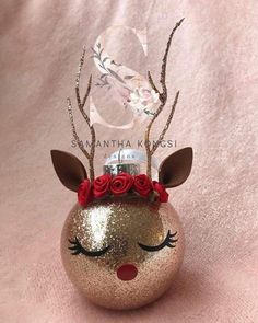 Good Photo Christmas ornaments cricut Popular An original mix with the traditional and the offbeat, modern Christmas ornaments increase … Modern Christmas Ornaments, Christmas Ornament Crafts, Noel Christmas, Christmas Crafts For Kids, Christmas Projects, Handmade Christmas, Holiday Crafts, Christmas Decorations, Glitter Ornaments