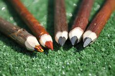 """5 Crayons """"Beaux Arts"""" - Crayons 20 cm via L'Atelier du crayon. Click on the image to see more! crayons de couleur nature et doux en branche d'osier qualité """"beaux arts"""""""