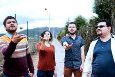 Durazno: Pop Rock bien arrecho Hablamos con la agrupación Durazno, una de las agrupaciones más importantes del pop nacional en la actualidad. Nos contaron un poco sobre su historia, visión y el sec…