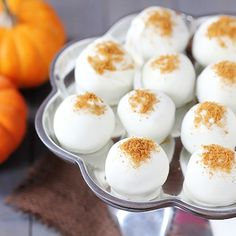 pumpkin cream cheese truffles - if I made these I would have to give them away...