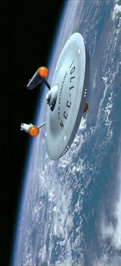 USS Enterprise NCC 1701 in planetary orbit