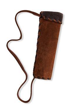 Porta flechas. http://www.hullitoys.com/complementos/1910-CARCAJ-DE-PIEL-OSCURA.html