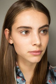 Spring/Summer 2017: Oscar de la Renta Backstage Beauty Looks | British Vogue