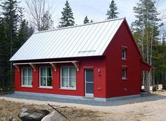 Go Logic 1100 SF prefab home model (Deer Isle) - exterior front of home.