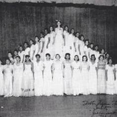 Wishing the ladies of Delta Sigma Theta a Happy Founders Day! 101 years of sisterhood and service! #indacy #DST #DeltaSigmaTheta #sisterhood #1913 #Sorors